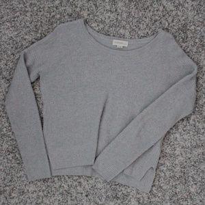 Aritzia / TNA sweater shirt